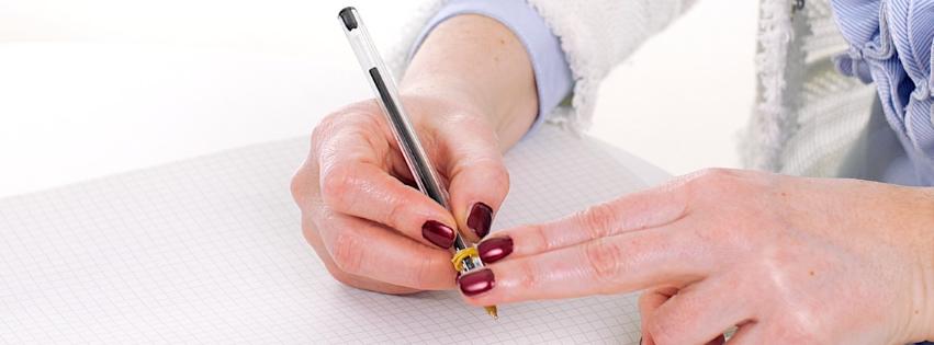 Come impugnare bene penna e matita per scrivere, rieducazione scrittura Grafologia360 Padova